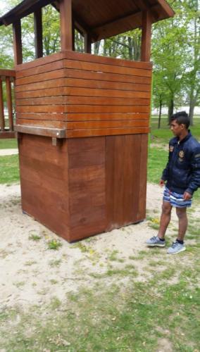 Dílny - přístavba domečku pro malé děti