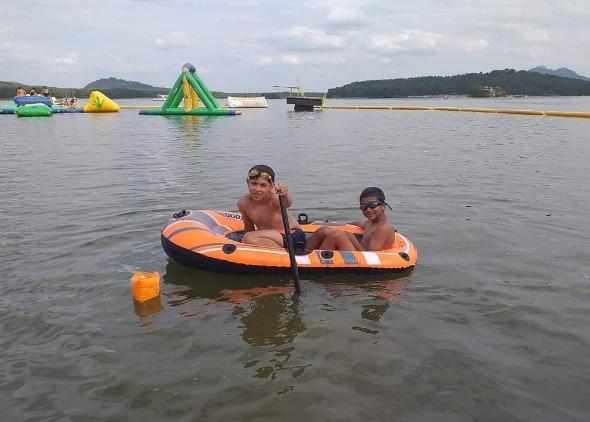 Letní pobyt na Máchově jezeře